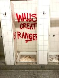 Walls Create Strangers Kunstlabor